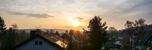 Sonnenaufgang in einer kleinen Siedlung in Hoberge-Bielefeld