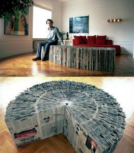 extendable newspaper bench