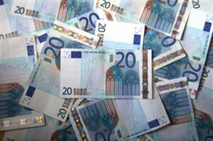 Armut und Reichtum in Deutschland und der Welt