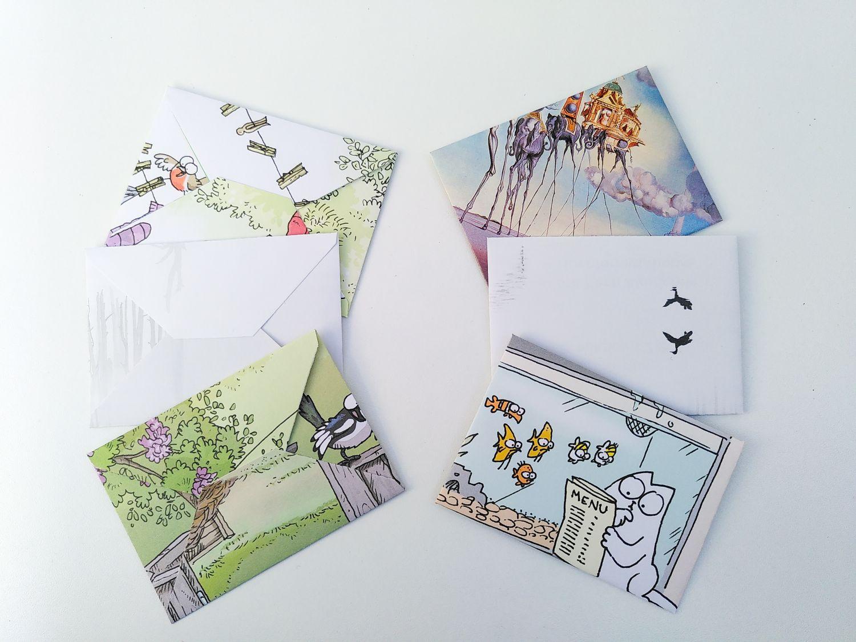 verschiedene Briefumschläge aus Kalenderblättern