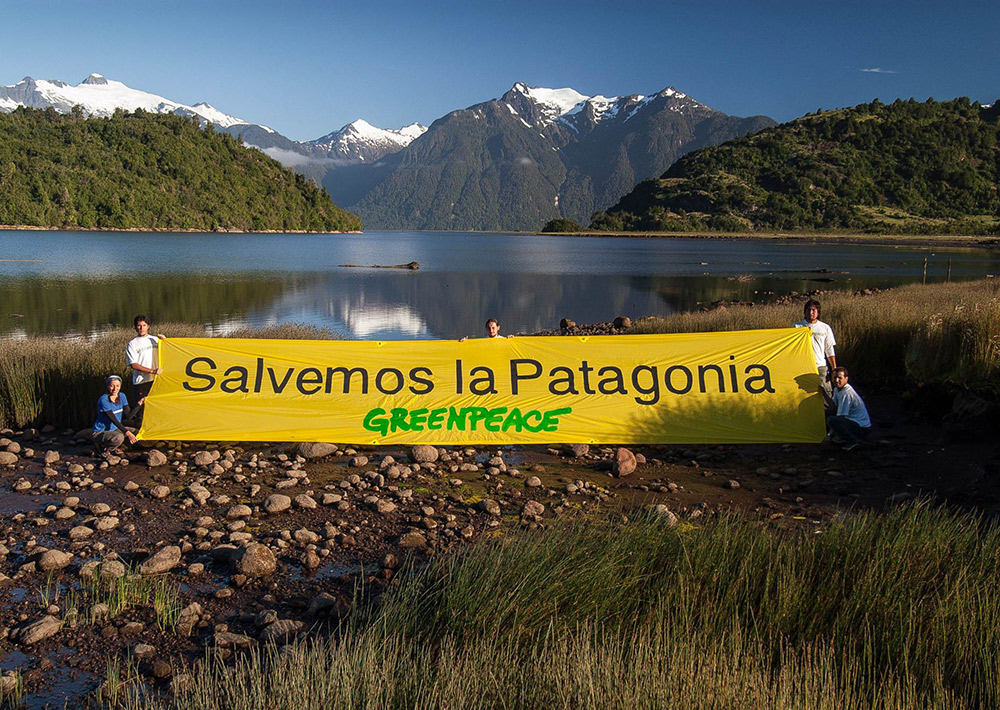 Greenpeace-Aktion 2004 in Patagonien mit Markus Mauthe