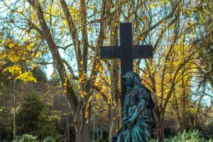 Wie nachhaltig sind eigentlich Bestattungen in Deutschland?